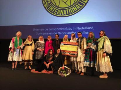 Mondial Waaijenberg Verhuizingen, sponsor tijdens filmavond Soroptimist Club Ede