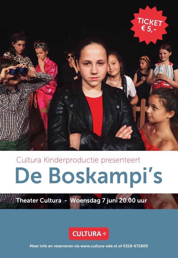 Mondial Waaijenberg Verhuizers verhuiskleding voor toneelstuk 'de Boskampi's.'