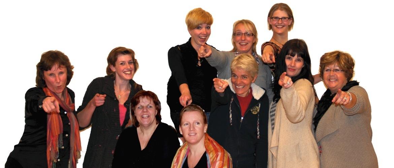 Mondial Waaijenberg Verhuizers is sponsor van toneelgroep MARE uit Ede.